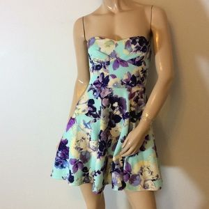 Windsor strapless floral small Sm dress